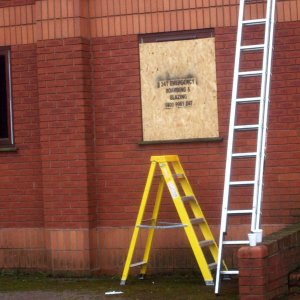 emergency glass replacement boarding up
